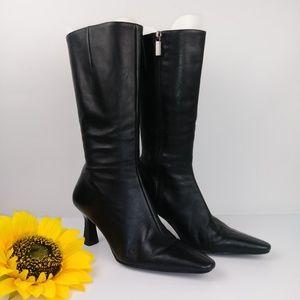 Vintage Nine West heels Boots. Size 8M Black.